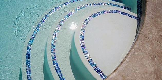A guide to buying the perfect swimming pool tiles